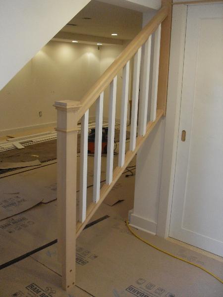 02 Removable basement handrail