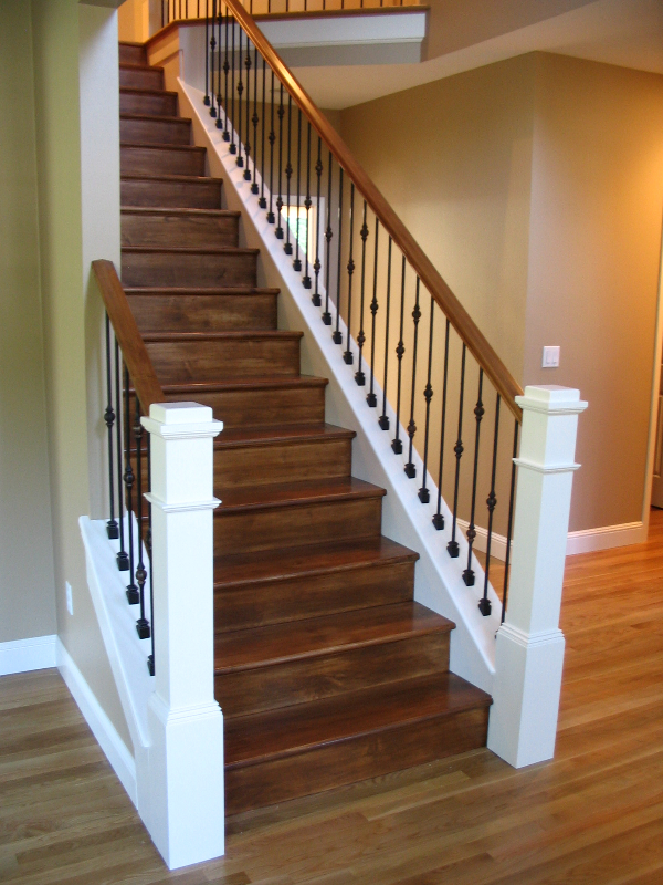 06 Stain & Painted Posts & Treads