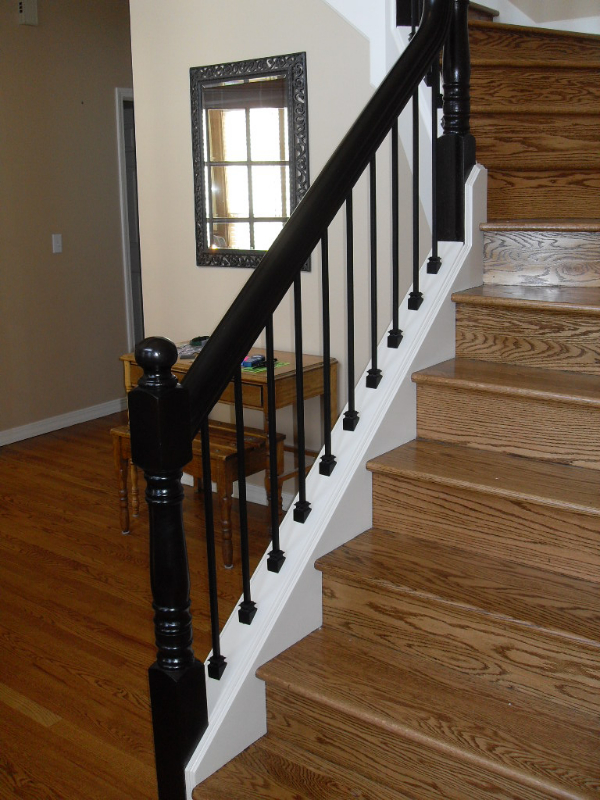 07 Stain & Painted Posts & Treads