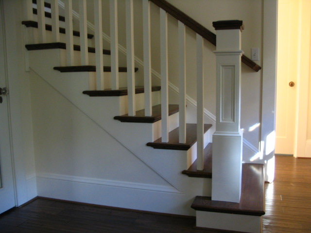 12 Stain & Painted Posts & Treads