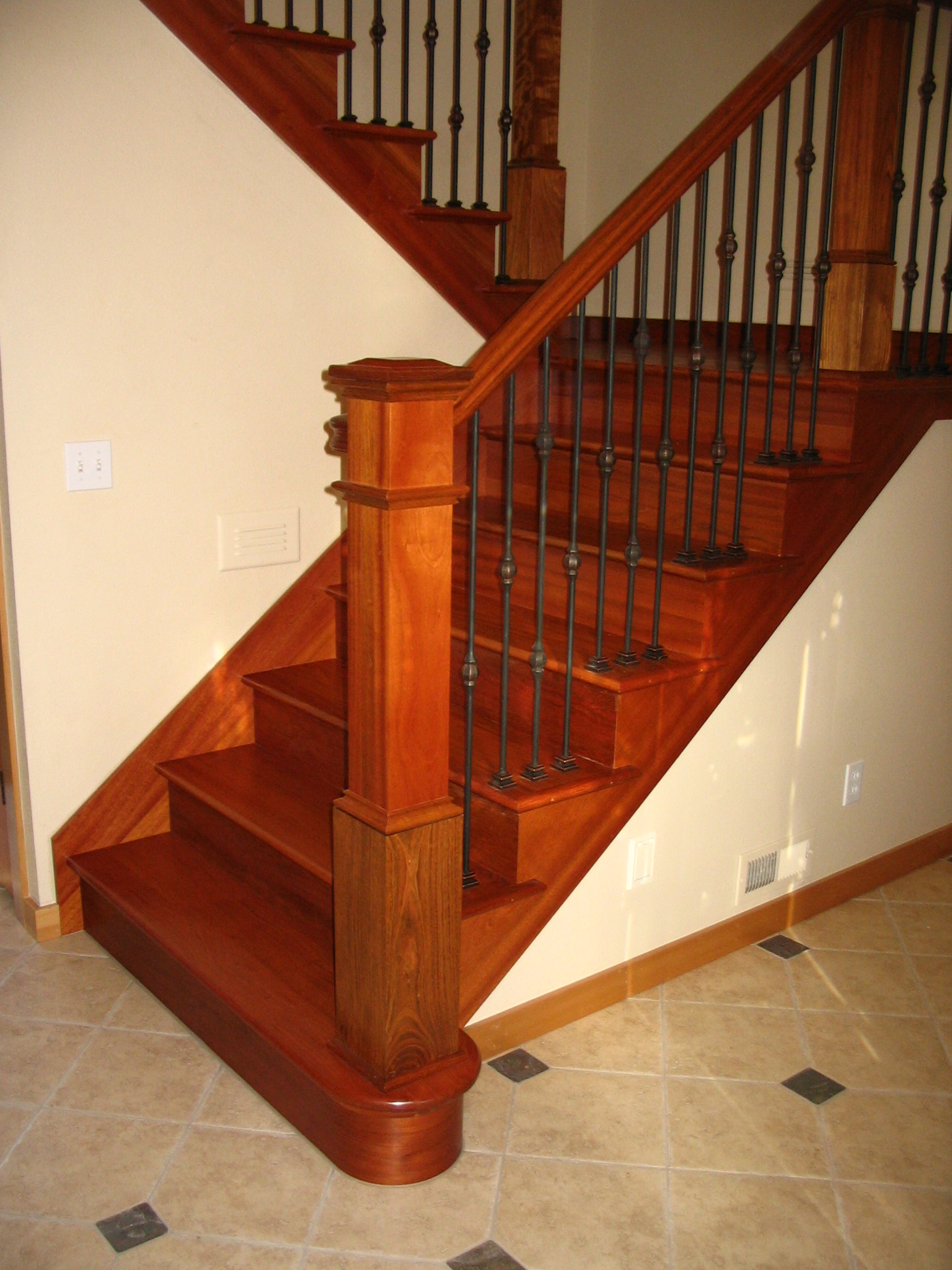 Portfolio » Brazilian Cherry Treads, Risers, 4091 Box Newel,starting Step,1